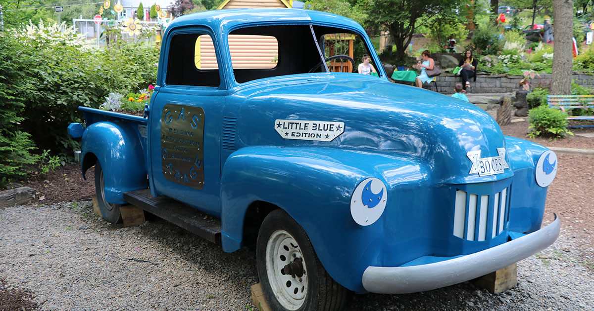 The Little Blue Truck at The Story Garden